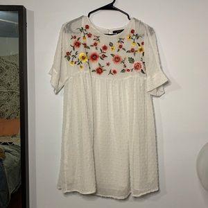 FOREVER 21 Floral embroidered dress